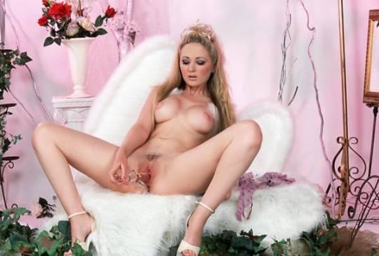 Ángel rosa
