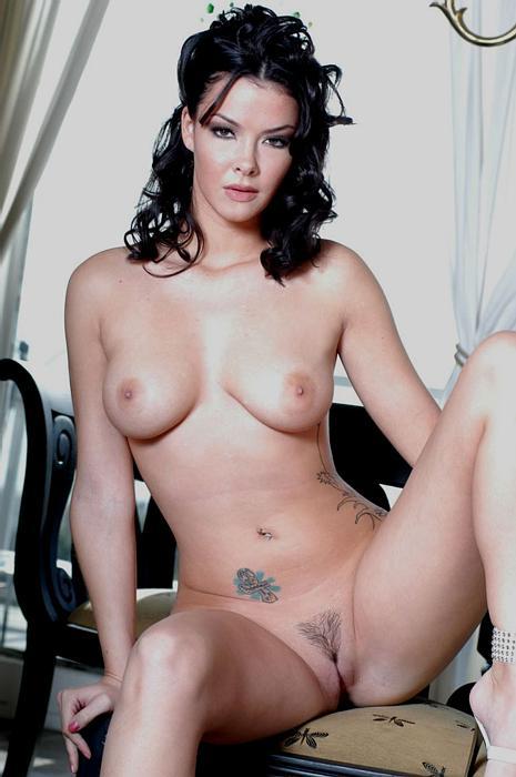 Natalia Cruze